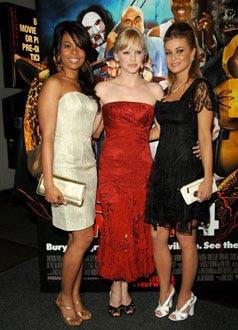 "Regina Hall, Anna Faris and Carmen Electra - ""Scary Movie 4"" Nwe York City premiere, April 10, 2006"