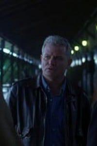 Thomas G. Waites as Mo Turman
