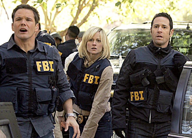 """Numb3rs -""""Nine Wives""""- Dylan Bruno as Colby, Teri Polo as Rachel, Rob Morrow as Don"""