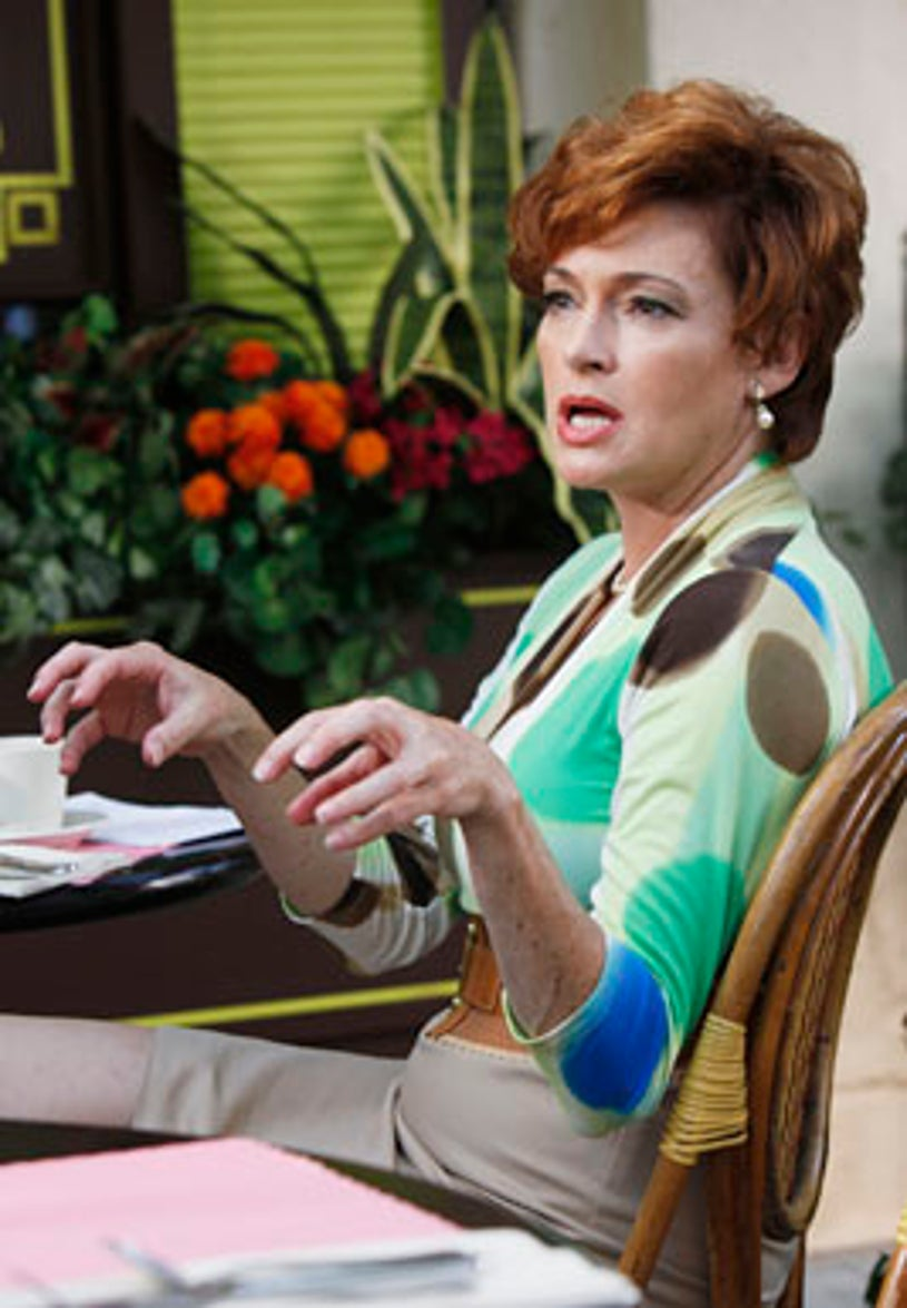 """Cougar Town - Season 1 - """"A Woman in Love (It's Not Me)"""" - Guest star Carolyn Hennesy as Barbara Coman"""