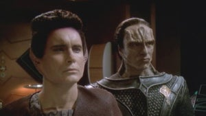 Star Trek: Deep Space Nine, Season 7 Episode 1 image