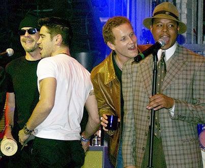 Bruce Willis, Colin Farrell, Cole Hauser and Terrence Dashon Howard - Studio 54 in Las Vegas, February 1, 2002