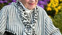 Frances Bay, Adam Sandler's Grandma in Happy Gilmore, Dies at 92