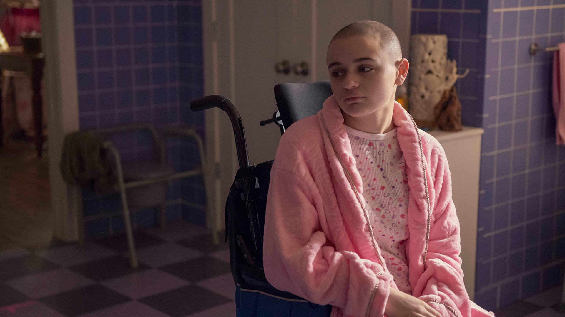Joey King, The Act