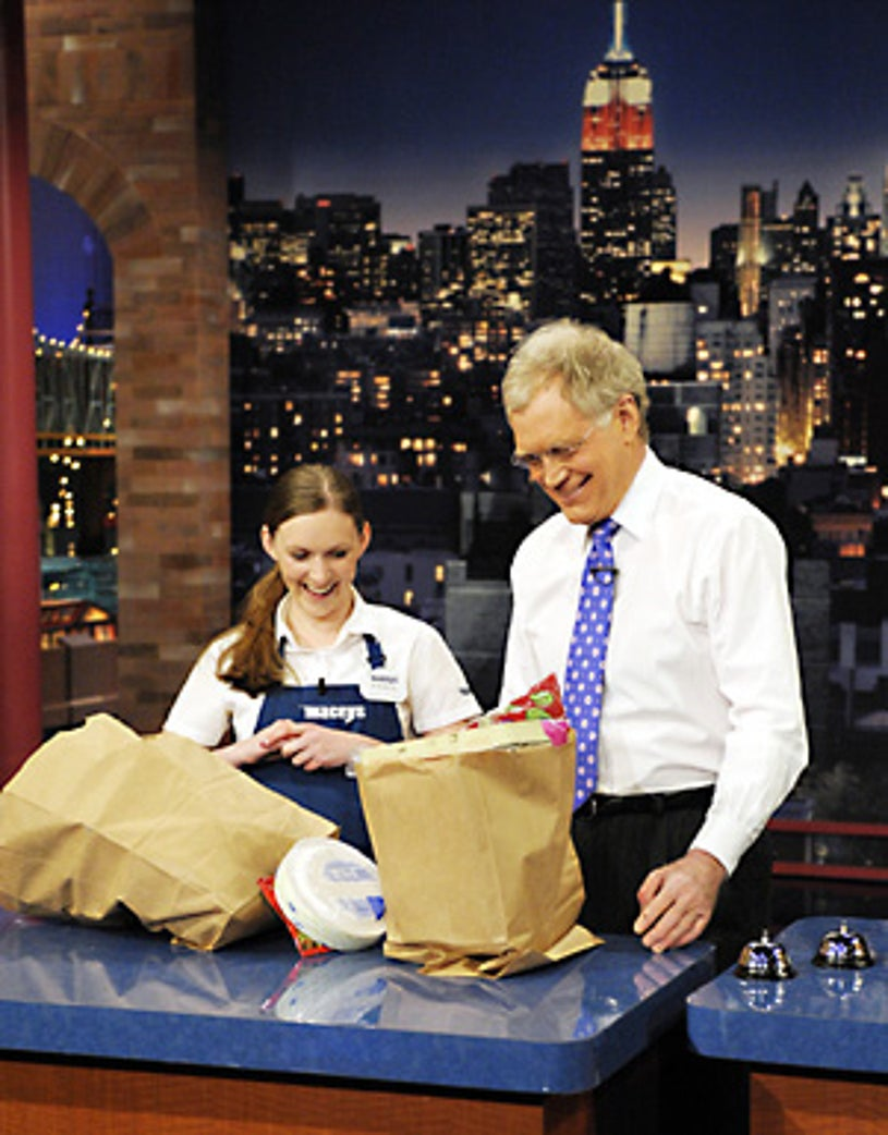 The Late Show with David Letterman - International grocery bagging champion Erika Jensen, 18 from Taylorsville, Utah, takes on David Letterman as they compete to show off their grocery bagging skills. - Feb. 20, 2008