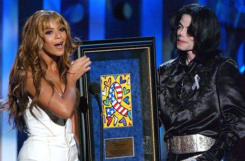 Beyonce and Michael Jackson - 2003 Radio Music Awards in Las Vegas, October 27, 2003
