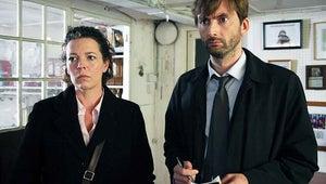 David Tennant, Olivia Colman and More Returning for Broadchurch Season 2