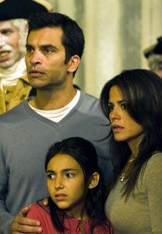"Masters of Horror - Season 2, "" The Washingtonians""- Johnathon Schaech, Venus Terzo, Julia Tortolano"