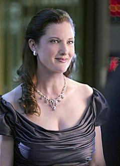 """Smallville - Season 6, """"Arrow"""" - Annette O'Toole as Martha Kent"""