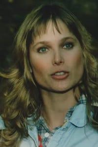 Deborah Raffin as Lee Larson