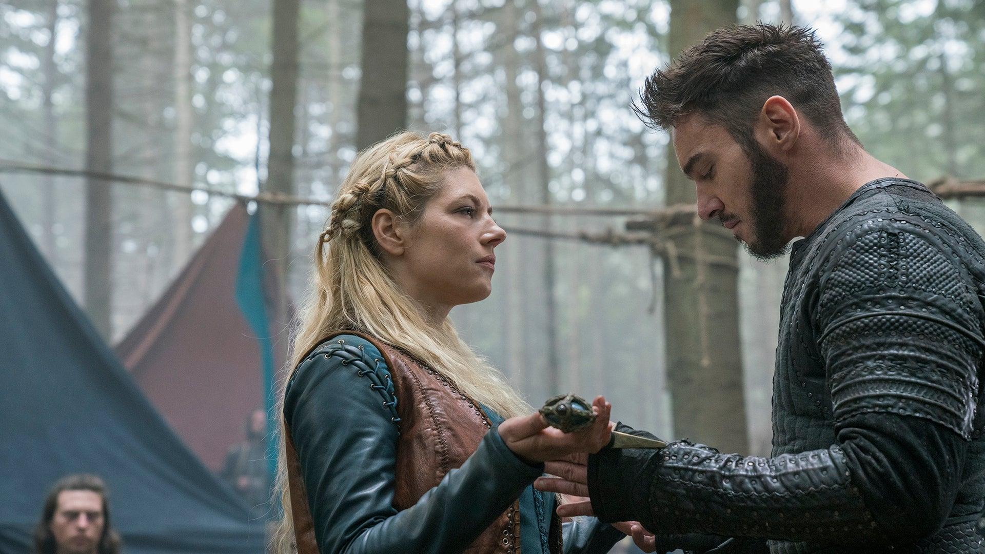 Katheryn Winnick and Jonathan Rhys Meyers, Vikings