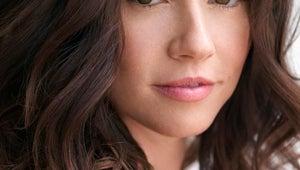 Freaks and Geeks' Linda Cardellini Joins Netflix Drama