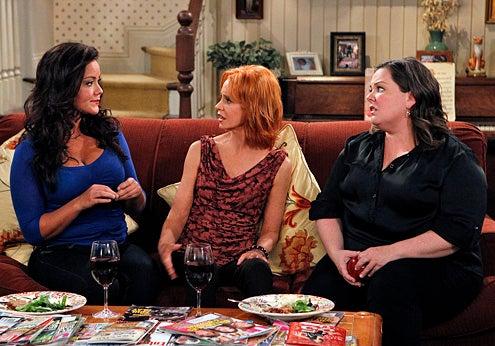 "Mike & Molly - Season 1 - ""After the Lovin"" - Melissa McCarthy, Katy Mixon, Swoosie Kurtz"