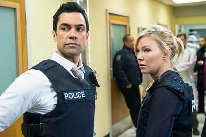 """Law & Order: Special Victims Unit - Season 15 - """"Beast's Obsession"""" - Danny Pino and Kelli Giddish"""