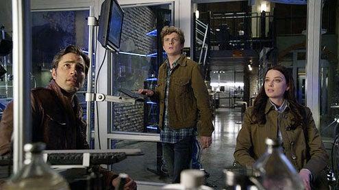 "Continuum - Season 2 - ""Second Opinion"" - Victor Webster, Erik Knudsen and Rachel Nichols"