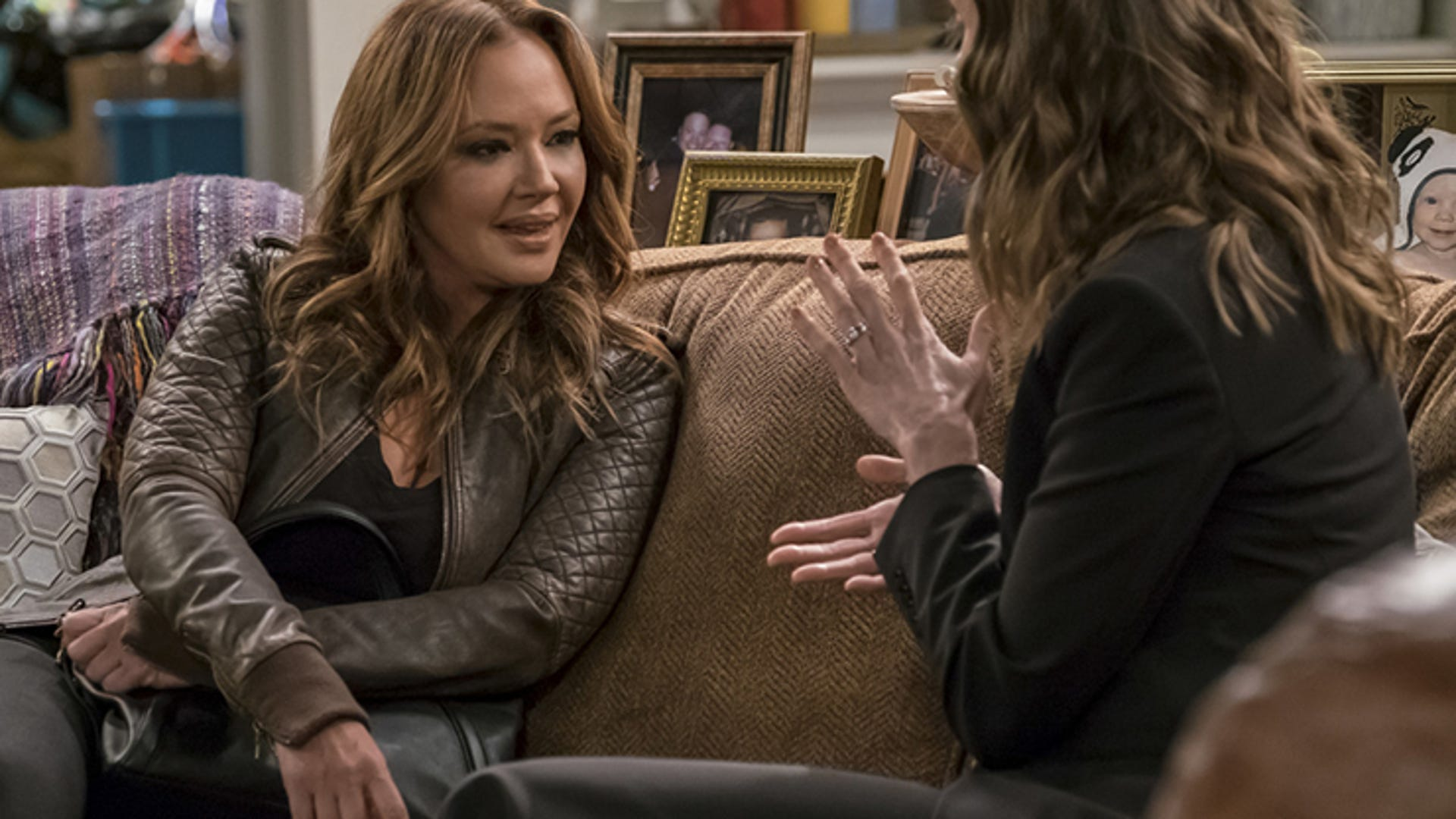 Leah Remini and Erinn Hayes, Kevin Can Wait