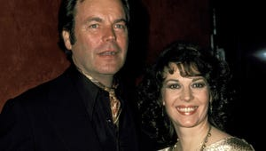 """Robert Wagner Now Considered a """"Person of Interest"""" in Natalie Wood's Death"""