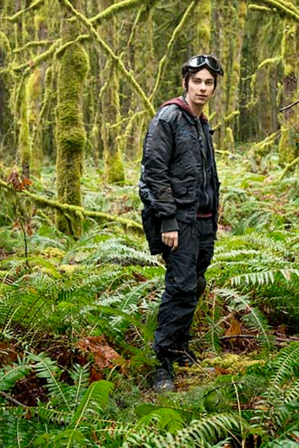 The 100 - Season 1 - Devon Bostick as Jasper