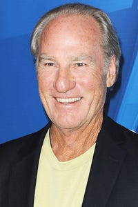Craig T. Nelson as Ed Peters