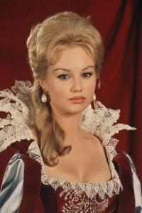 Mylène Demongeot as Penelope