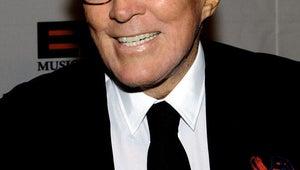 """Moon River"" Singer Andy Williams Dies at 84"