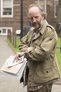 Max Baker as Robber